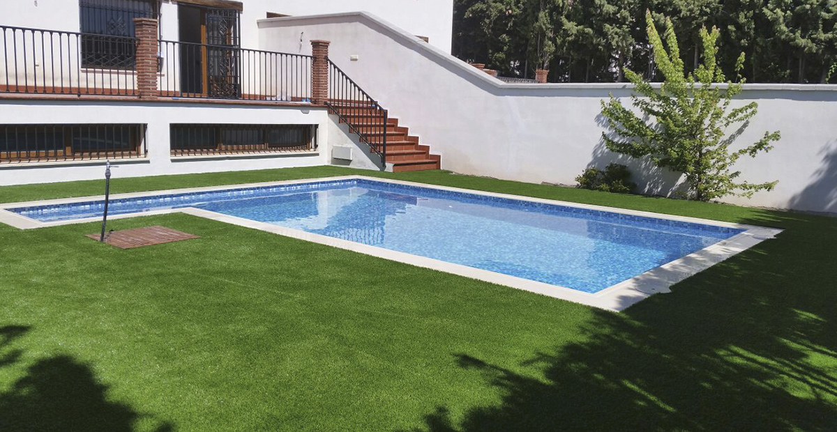 Artificial grass Varinias Ibiza pool